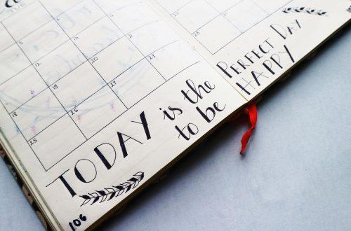 liknologio-pagosmies-meres-wordl-day-calendar